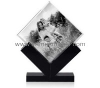Hot sale acrylic photo frame with wood base WP-004