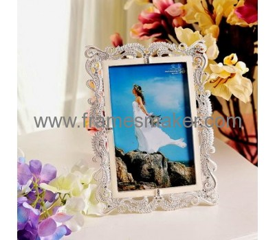 Rectangle metal photo frames with plastic pearl MP-004